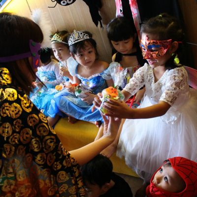 truong-mam-non-kindy-city-halloween-8