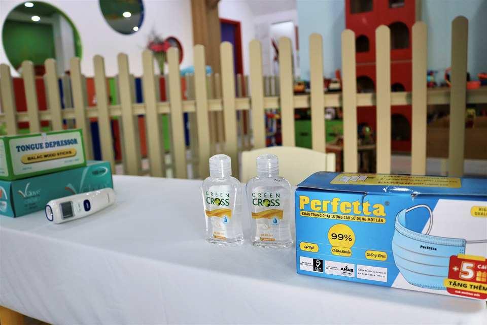 Cùng phụ huynh bảo vệ trẻ trước dịch Corona