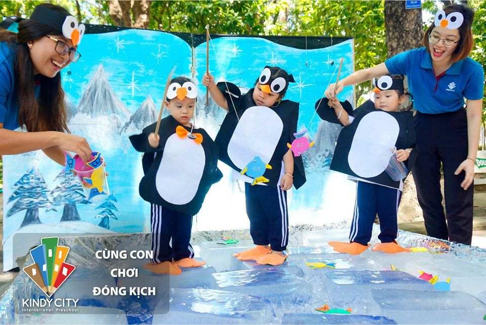 truong-mam-non-quoc-te-cung-con-choi-dong-kich