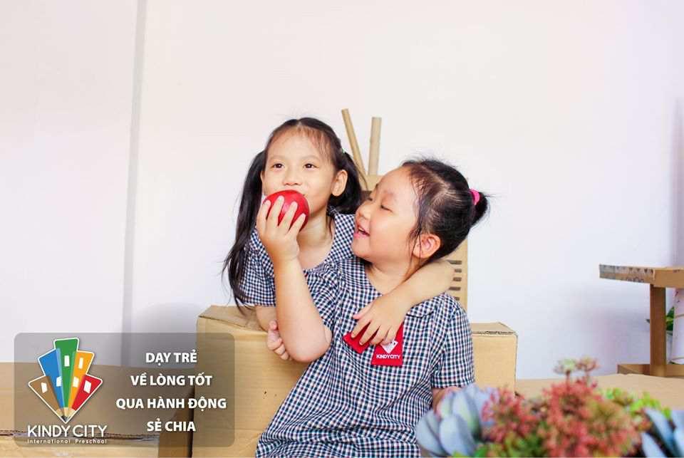 truong-mam-non-quoc-te-day-tre-ve-long-tot-qua-hanh-dong-chia-se
